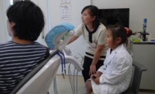 予防教室 - 虫歯菌を見てみよう